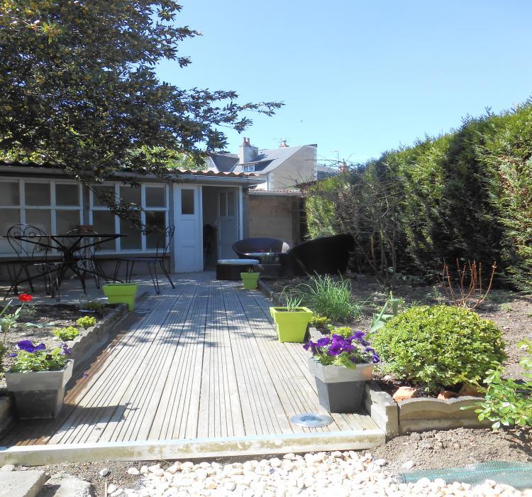 Maison victorine location vacances 4 pers saumur for Au jardin de victorine